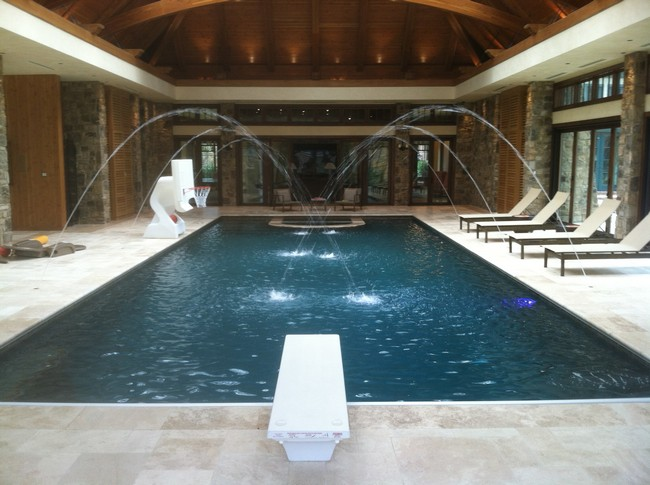 Indoor pool with water fountain