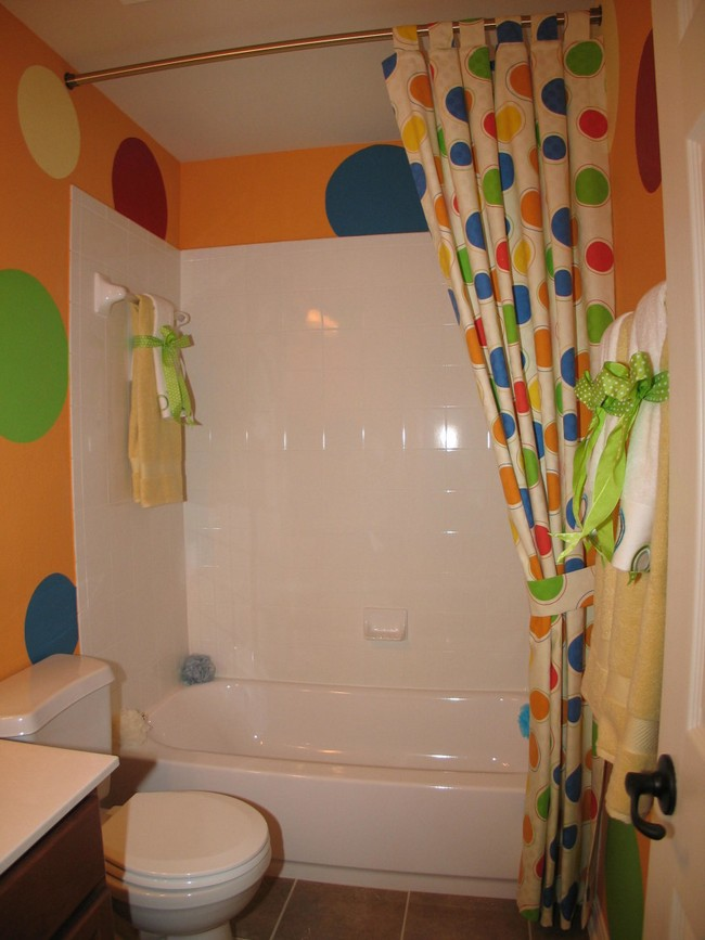 Shower curtain in bright, playful colors