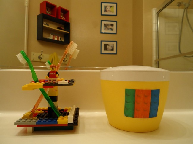 Lego-themed toothbrush holder