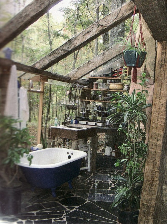 bathroom without roof and shiny stone floor - Outdoor Bathroom