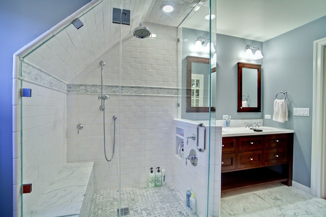 Slanted Ceilings For A Unique Touch In Your Homes Interior Decor - Slanted ceiling bathroom