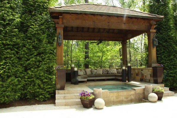 Gazebo with Jacuzzi, bringing you comfort at a better level