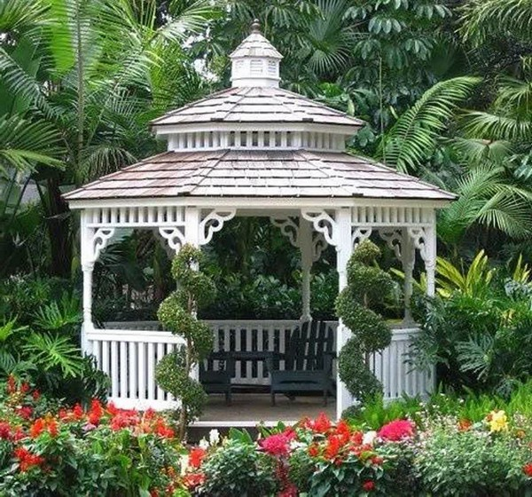Breathtaking Gazebos: A Range of Simple and Extragavagant Design ...