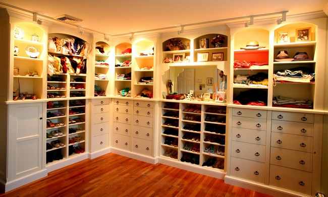 Contemporary closet with in-built lighting