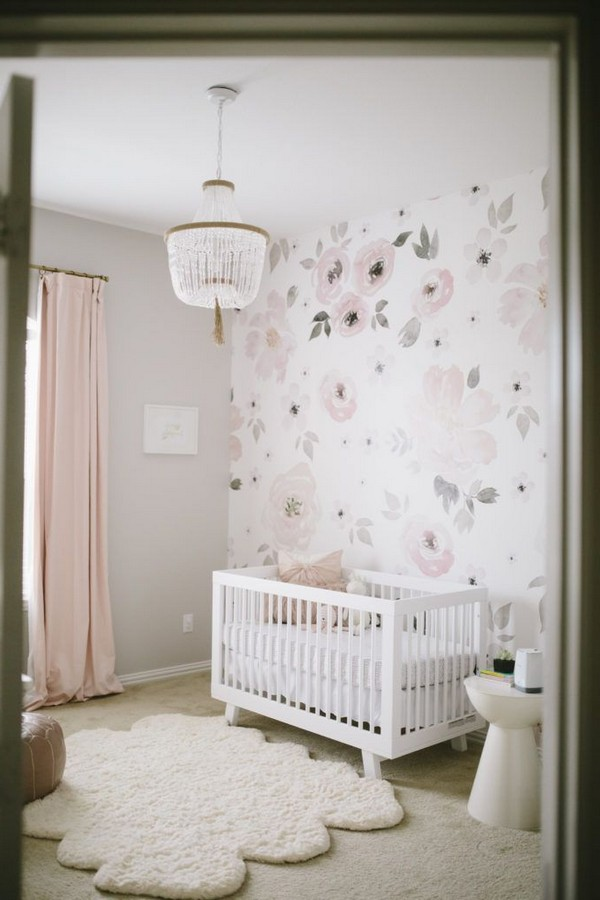 Wallpaper with flowers and thick cream area rug