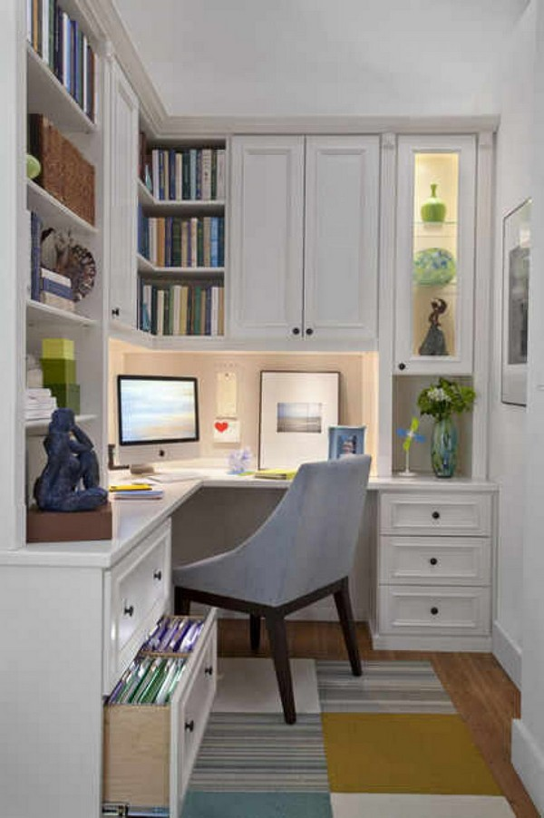 A small study room that is well organized