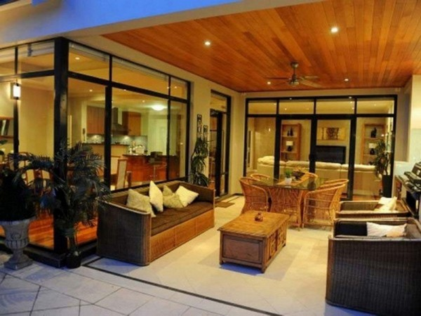 Family room design and d cor traditional and contemporary for Large family kitchen