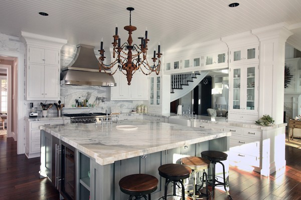 Luxury kitchens how to refine your cooking and dining space decor around the world - How to use creative lighting techniques as a design element ...