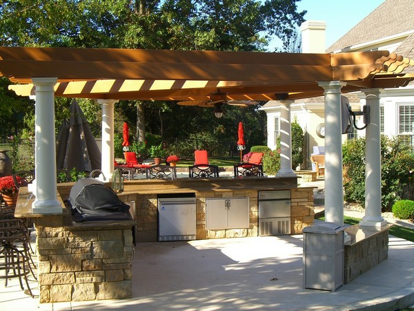 Outdoor kitchen creativity what to do with that extra for Outdoor kitchen designs small spaces