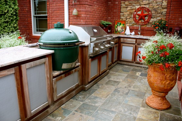 outdoor kitchen creativity what to do with that extra outdoor space decor around the world. Black Bedroom Furniture Sets. Home Design Ideas