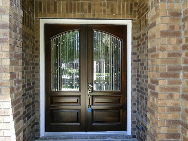 Front door ideas let people into your home beautifully for Front doors that let in light