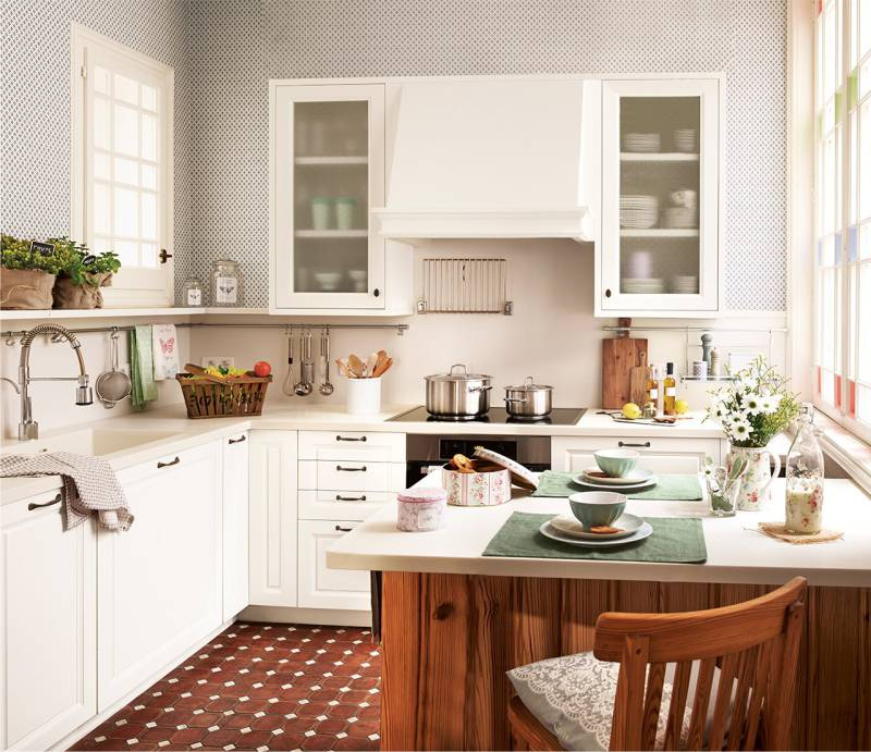 Here Are Some Photo Examples Of Interiors Square Kitchens With Peninsulas