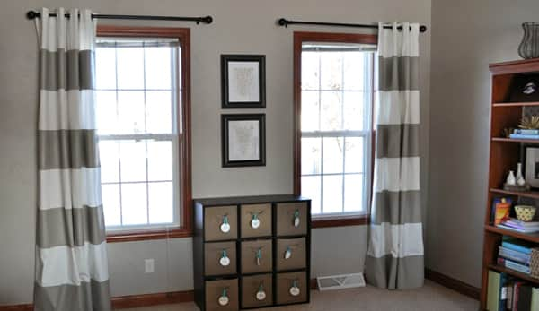 However Also Note That Only The Long Curtains Made From Beautiful Fabric With Loops Decorating Both Windows Of Hall Create An Elegant View In
